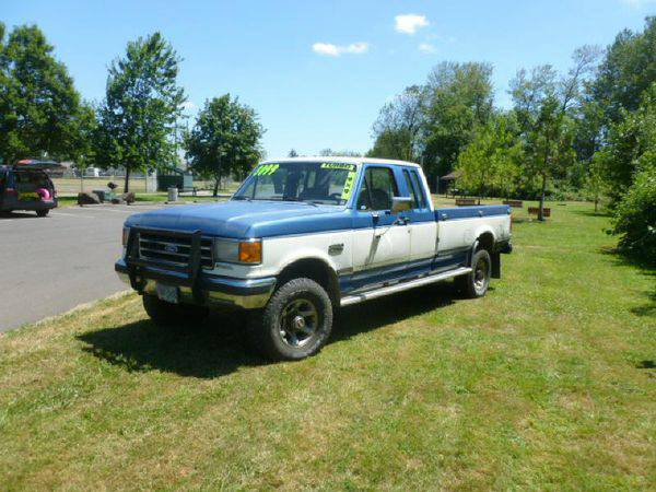 1989 *FORD* *F250* -FINANCING AVAILABLE‼️