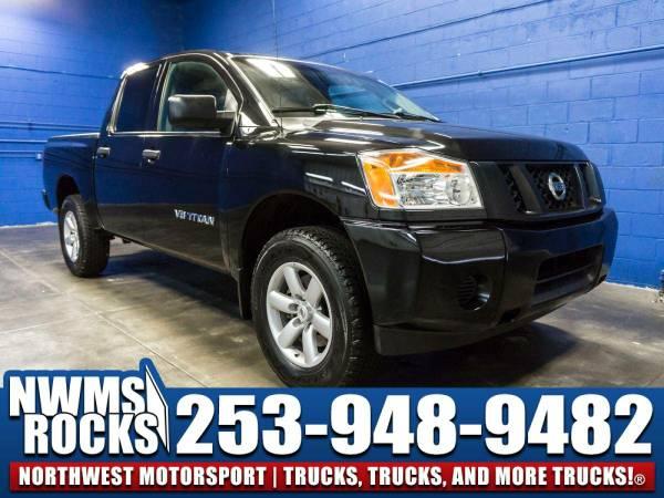 2013 *Nissan Titan* 4x4 - 2013 Nissan Titan 4x4 Truck w/ Towing...