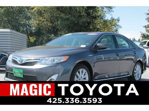 2013 *Toyota* *Camry* Hybrid RATES AS LOW AS 0% OAC ON SELECT MODELS