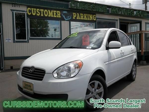 2011 Hyundai Accent 4D Sedan GLS