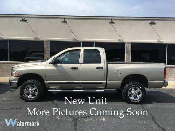 2005 Dodge 2500HD Crew Cab 4X4 SLT 5.9 Cummins Diesel low miles 1owner