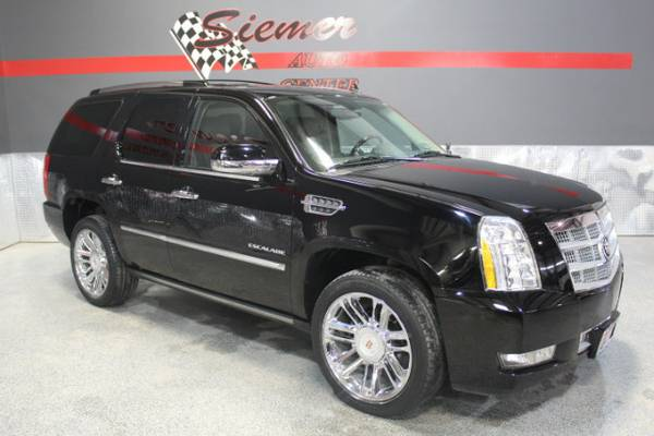 2013 Cadillac Escalade PLATINUM*ONLY 65K MILES, WE FINANCE, CALL US