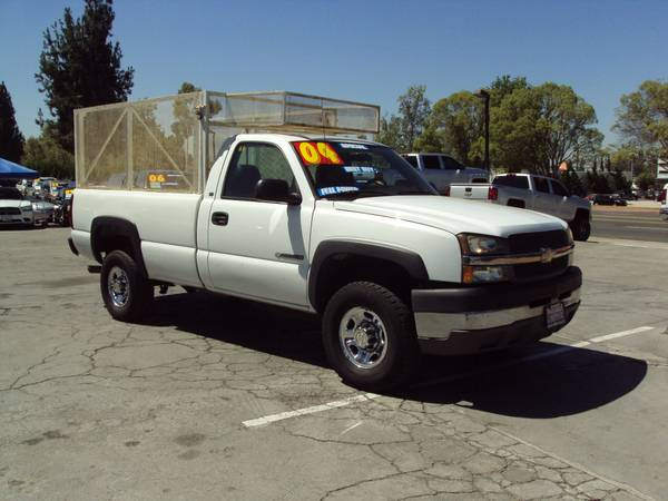 2004 *CHEVROLET* *SILVERADO* 2500 HD WORK TRUCK WITH CUSTOM RACK!