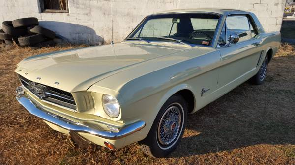 SALE PRICE $14,950BEAUTIFUL 1965 FORD MUSTANG