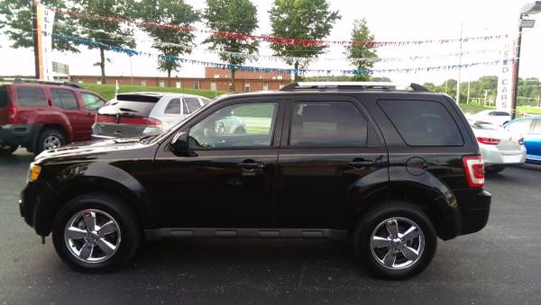 2011 Ford Escape Limited-Loaded- Located across from the Ozark Jr High
