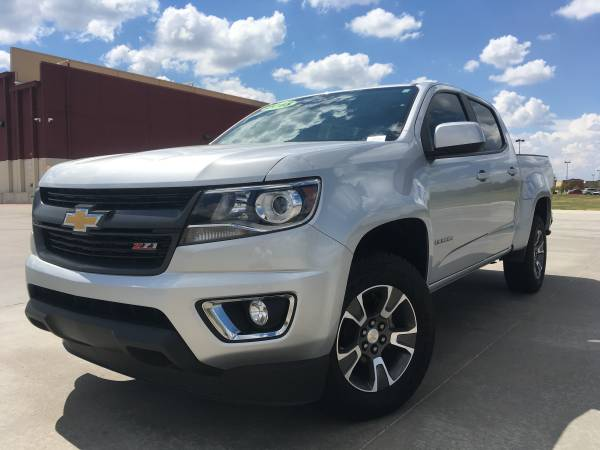 2015 CHEVY COLORADO!! 4WD WITH Z-71 PACKAGE!! TOUCH SCREEN NAVIGATION!