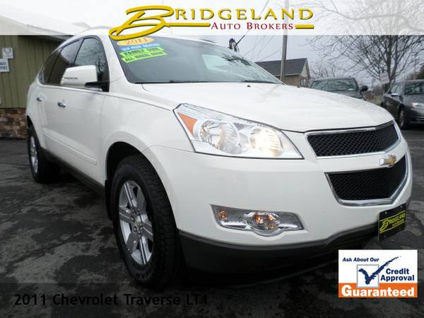 2011 Chevrolet Traverse LT 3RD ROW VERY CLEAN INVENTORY SELL OFF