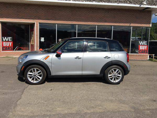 2011 *MINI* *Cooper* *Countryman* Base 4dr Crossover -