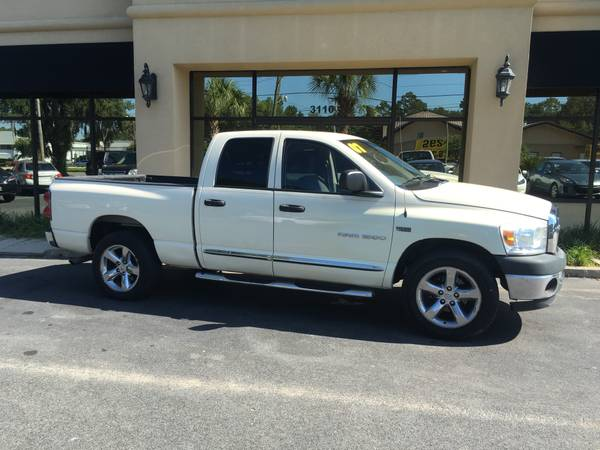 2007 DODGE RAM 1500 DOUBLECAB WITH ONLY 82K MILES JUST IN!!!!!!!!!!!