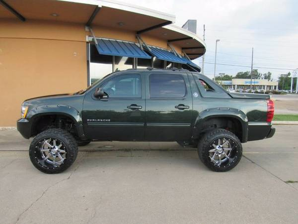 2013 Chevrolet Avalanche - Call