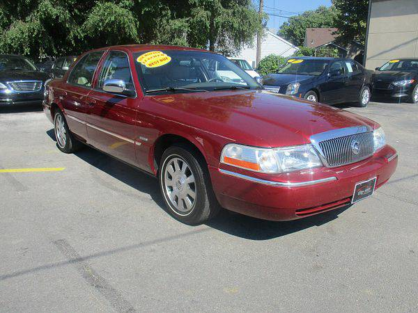 2003 *Mercury* *Grand* *Marquis* 4d Sedan LSE *$499 Down Drives...