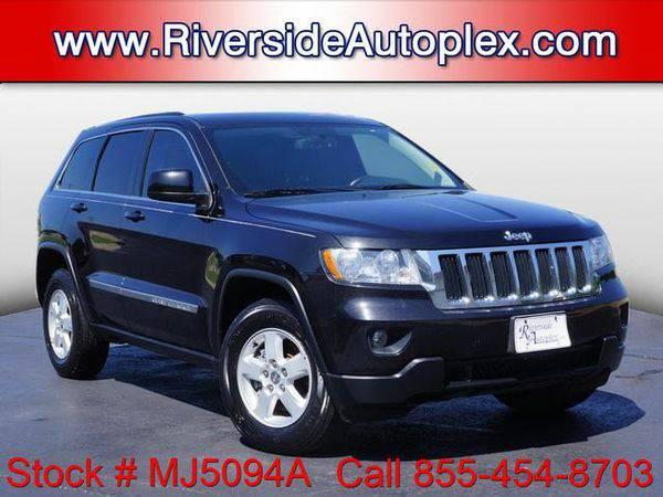2012 *Jeep* *Grand* *Cherokee* Laredo - Call or Text! Financing...