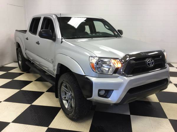 2012 TOYOTA TACOMA PRERUNNER EXCELLENT CONDITION LOW MILES!