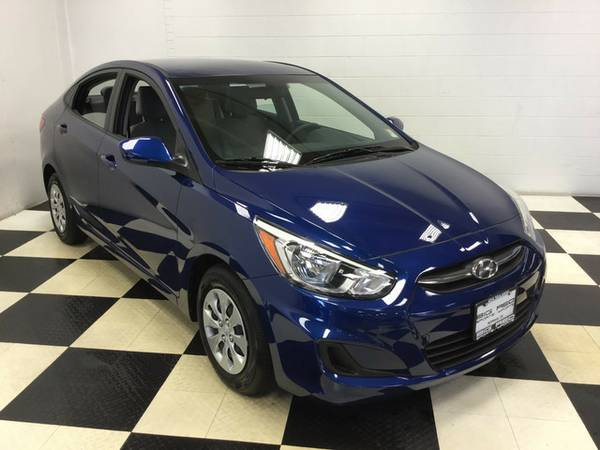 2016 HYUNDAI ACCENT SE PERFECT CONDITION! FUEL SAVER!