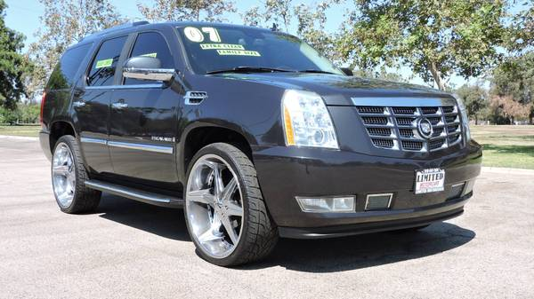 2007 CADILLAC ESCALADE GRAY ON BLACK FULLY LOADED 26 INCH RIMS
