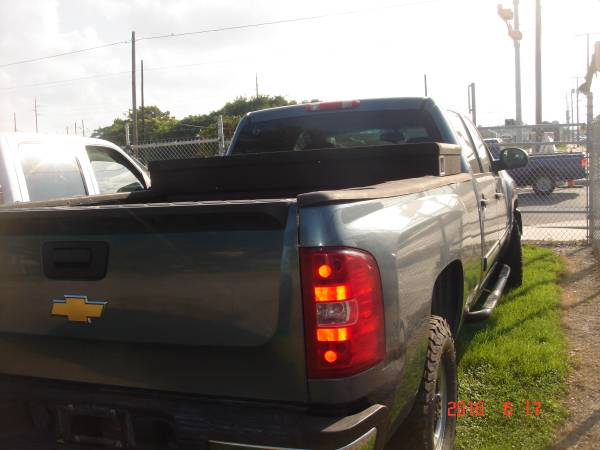2010 Chevrolet 2500 HD Crew Cab-Long bed