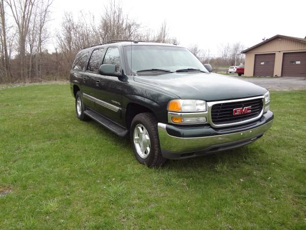 2004 GMC Yukon XL Leather, Entertainment Loaded