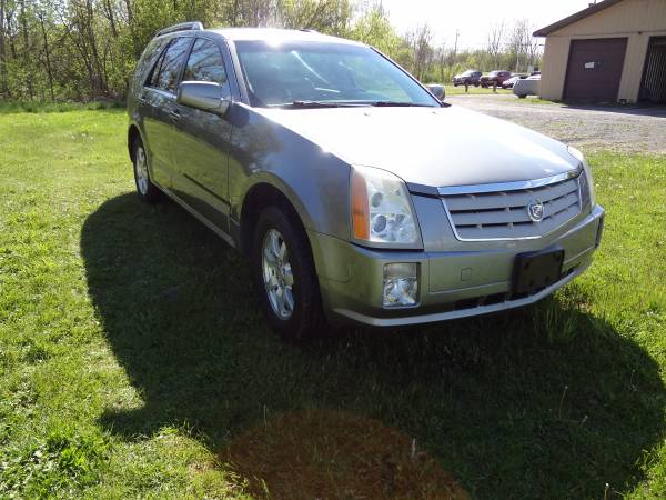 2007 Cadillac SRX Loaded Beautiful low miles