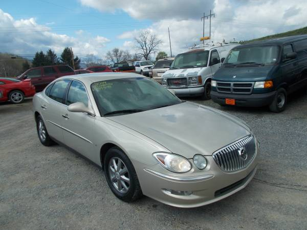 PRICE BUSTER 2009 BUICK LACROSSE CX ONLY 97,000 MILES TRADES WELCOME