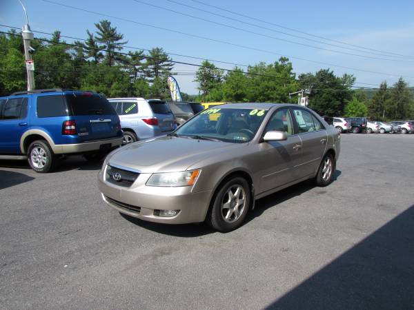 2006 HYUNDAI SONATA VERY CLEAN ONLY 92K (ALL CREDIT OK)