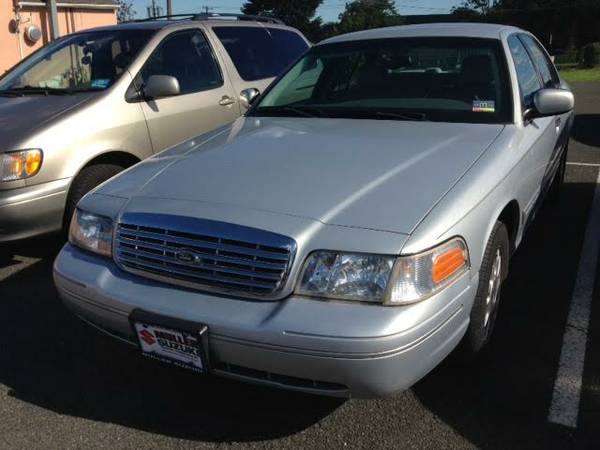 2003 FORD CROWN VIC 50K SILVER