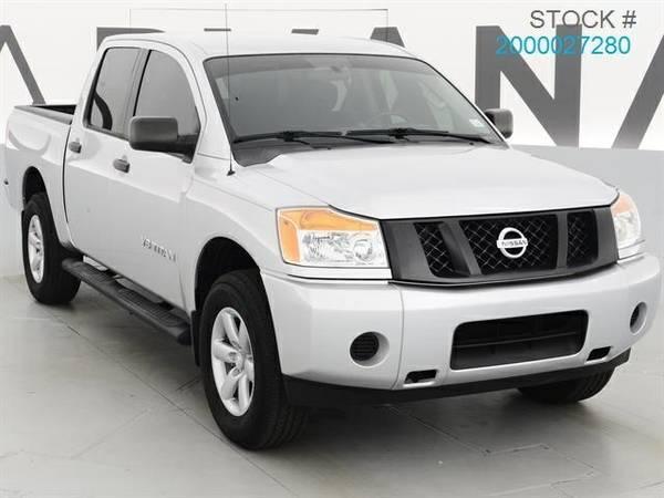 2013 Nissan Titan Pickup Truck