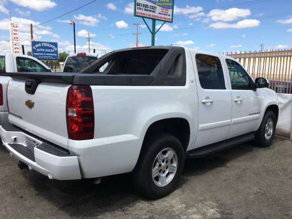 2009 chevy avalanche leather