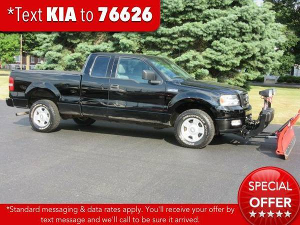 2004 *Ford F-150* Supercab 145 XL 4WD - Black