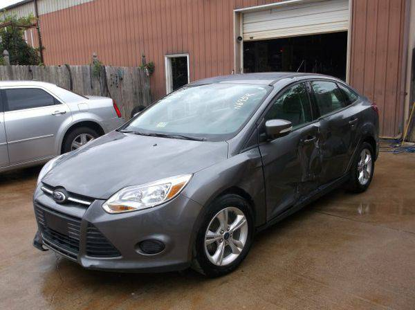 2013 *FORD* *FOCUS* FWD - Trade-Ins Welcome!