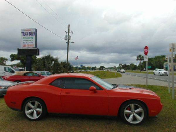 2009 Dodge Challenger SRT8 Sports Car Be A Duke In This 425 Horsepower