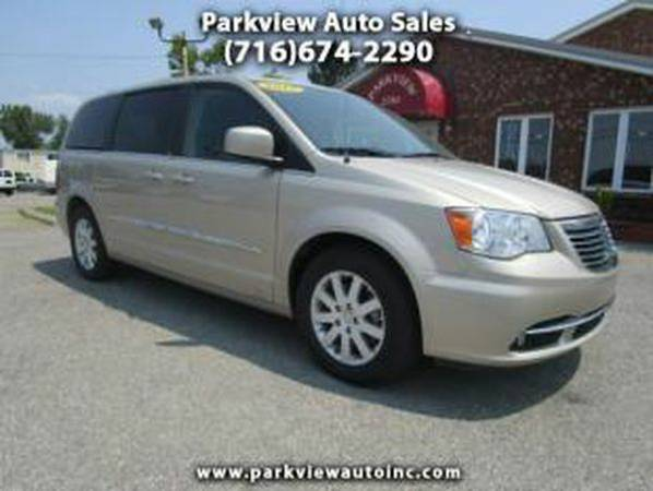 2013 *Chrysler* *Town* *and* *Country* Touring 4dr Mini Van - GET APPR