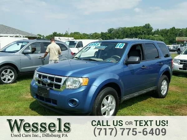 2010 Ford Escape XLS 4x4 SUV Escape Ford