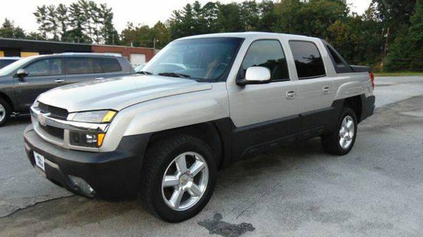2004 *Chevrolet* *Avalanche* 1500 4dr Crew Cab SB RWD