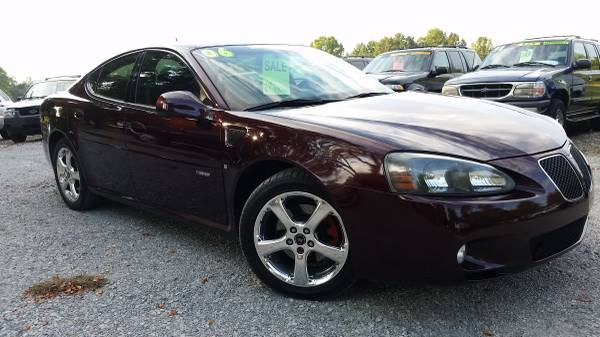 2006 Pontiac Grand Prix GXP V8. Hard To Find!
