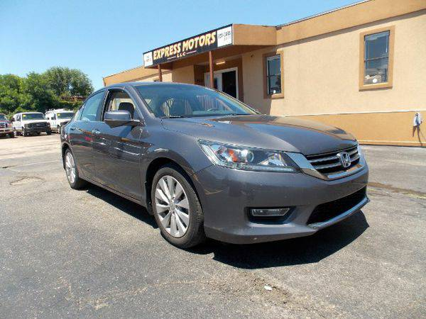 2013 *Honda* *Accord* EX-L Sedan with Navigation System and XM Radio -