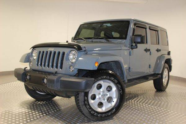 2014 *Jeep* *Wrangler* Unlimited Sahara - Call or Text! Financing Avai