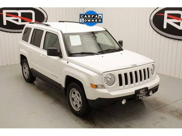 2016 *Jeep Patriot* Sport (Bright White Clearcoat)