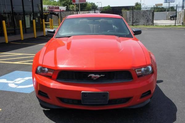 2011 FORD MUSTANG V6 *$350 AL MES*