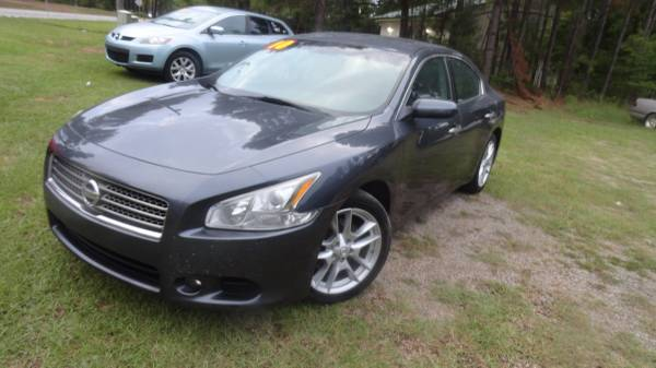 2010 Nissan Maxima - Gorgeous car.