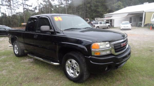 2004 BLACK GMC SIERRA Z71 4x4 -You wont be disappointed