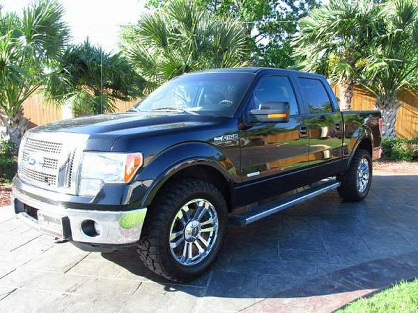 New Dealer Serving Corpus! 2012 Ford F150 Lariate Great Truck !!!