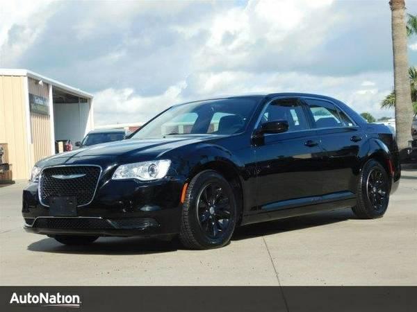 2016 Chrysler 300 Limited SKU:GH106293 Chrysler 300 Limited Sedan