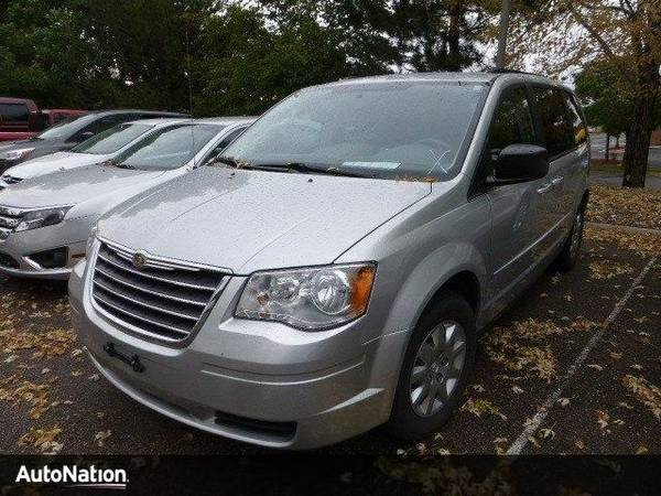 2010 Chrysler Town & Country LX SKU:AR280059 Chrysler Town & Country L