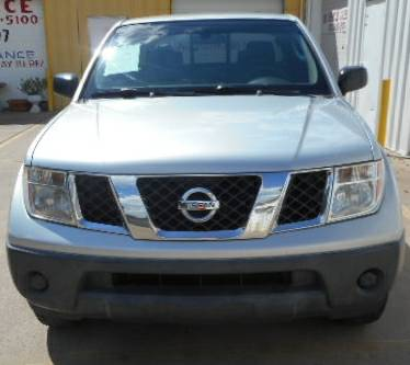 Nissan Frontier King Cab XE *espanol*