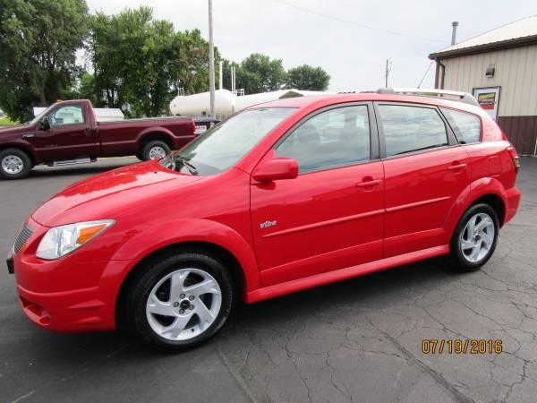 2006 Pontiac Vibe 4 door Hatchback
