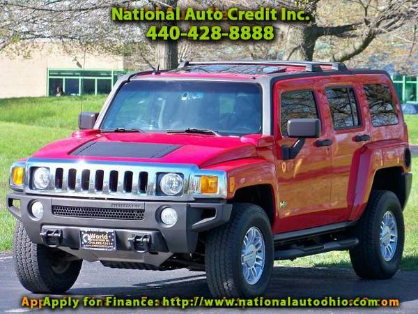 2006 HUMMER H3 4WD. Low mileage 125K. Power Sunroof Package. Chro