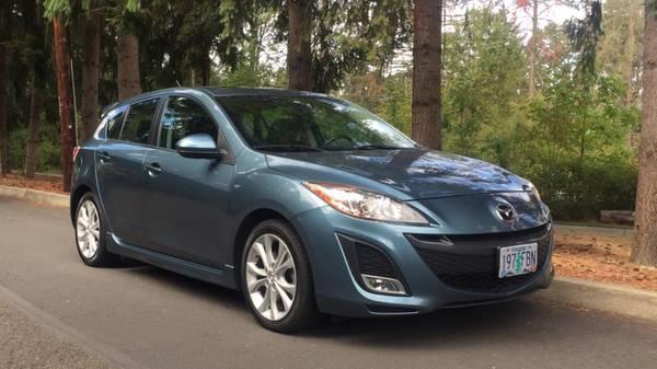2011 Mazda Mazda3 S Sport Hatchback ***Low Miles***