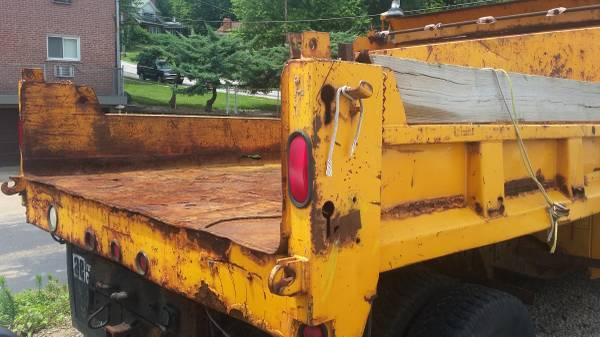 94 Chevy 1-ton dump, auto, chassis, no engine, with plow