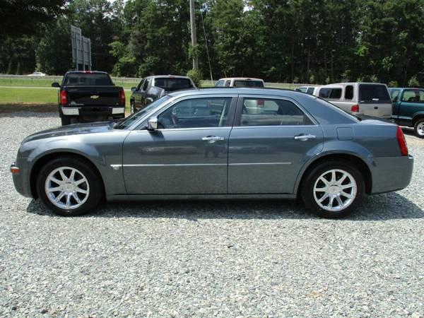 2005 Chrysler 300C, 5.7L V8 Hemi, Auto, New Tires, Leather, 180K,NICE!