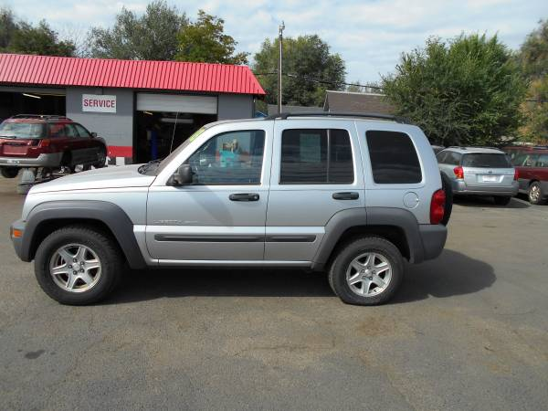 2003 Jeep Liberty 122k Miles 2WD